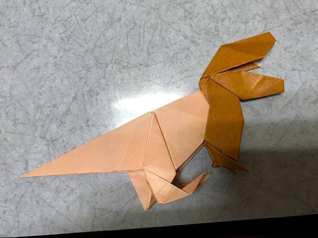 折り紙とヘアスタイルを作るのは似ている?!